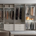7 Simple Tips to Have a Well Organized Closet