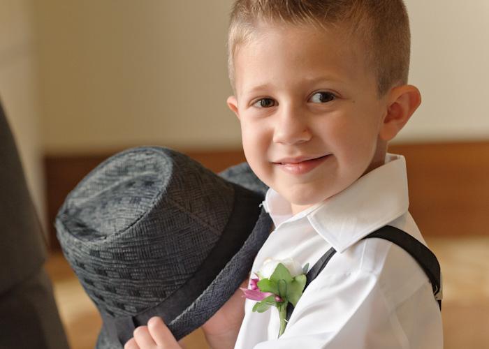 Boys'_Wedding_Shoes_Buying_Tips_www.searchub.com