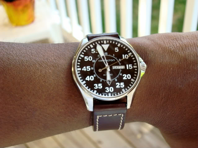Hamilton Khaki King Pilot https://www.searchub.com/blog/mens-best-watches-guide/