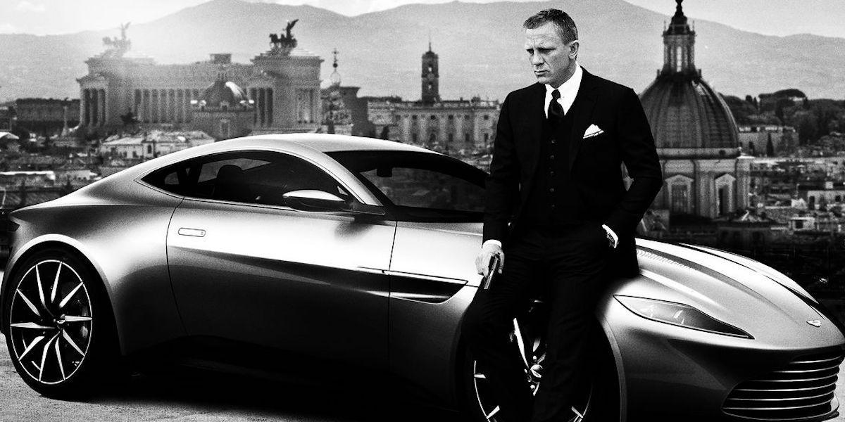 James-Bond-Spectre-Car-Aston-Martin-www.searchub.com