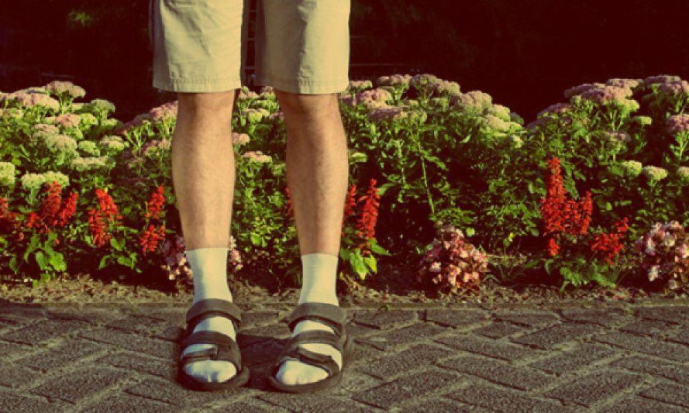 fashion-mistakes-men-make-every-summer-www.searchub.com